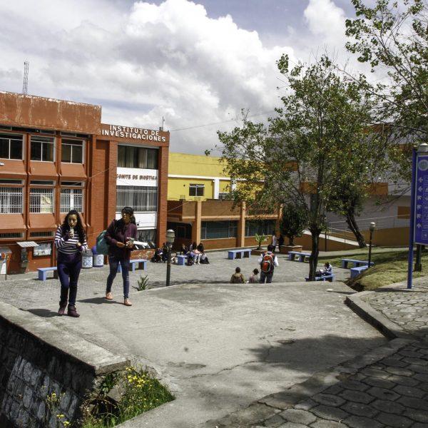preuniversitarios ecuador quito cuenca guayaquil cerca